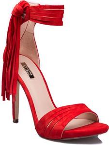 Czerwone sandały Guess na obcasie na wysokim obcasie na zamek