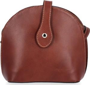 Brązowa torebka VITTORIA GOTTI matowa średnia na ramię