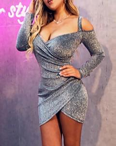 Sukienka Kendallme z długim rękawem mini z dekoltem w kształcie litery v