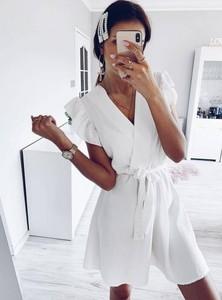 Sukienka Pakuten z krótkim rękawem mini w stylu casual