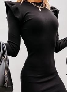Czarna sukienka Cikelly z dresówki dopasowana
