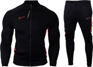 Czarny dres Nike z dresówki