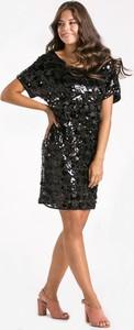 Czarna sukienka Monnari mini z okrągłym dekoltem
