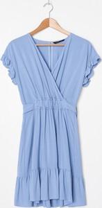 Niebieska sukienka House mini w stylu casual
