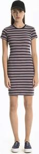 Sukienka Gate ołówkowa w stylu casual mini