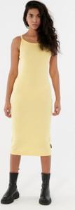 Sukienka Outhorn z okrągłym dekoltem w stylu casual