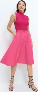 Różowa spódnica Mohito w stylu casual midi