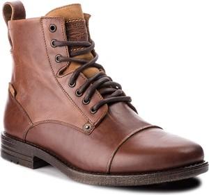 Brązowe buty zimowe Levis ze skóry