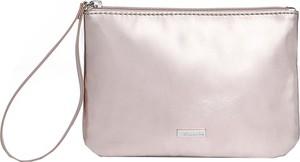 Różowa torebka Tamaris na ramię mała