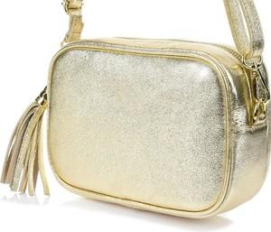 Złota torebka producent niezdefiniowany ze skóry mała