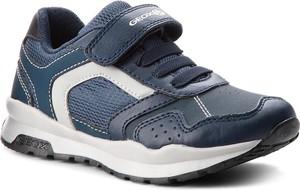Granatowe buty sportowe dziecięce Geox na rzepy