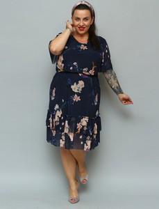 Sukienka KARKO midi w stylu casual z okrągłym dekoltem