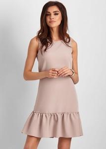 Sukienka Ivon w stylu casual bez rękawów z okrągłym dekoltem