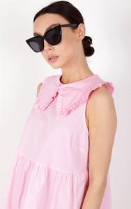 Różowa sukienka Ptakmoda.com z kołnierzykiem koszulowa mini