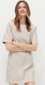 Sukienka Reserved ze skóry ekologicznej