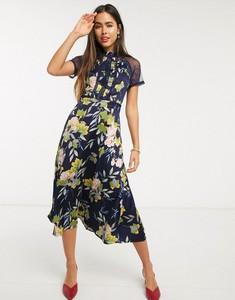 Sukienka Liquorish midi z krótkim rękawem