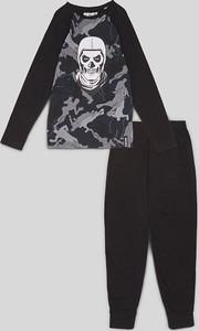 Czarna piżama C&A dla chłopców