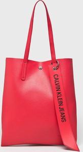 3cf0f75e1155d Czerwona torebka Calvin Klein Jeans