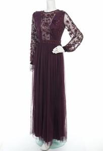 Fioletowa sukienka Maya Deluxe maxi z długim rękawem