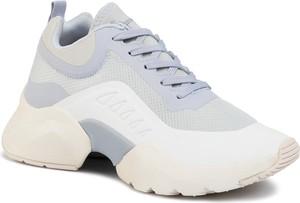 Sneakersy Tamaris z płaską podeszwą sznurowane