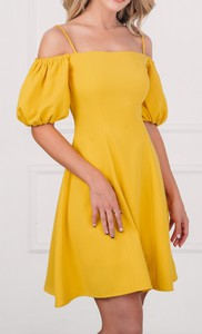 Sukienka Justmelove ołówkowa mini z bawełny