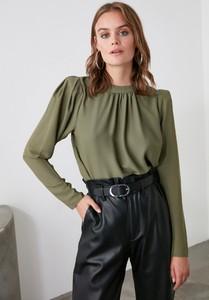 Zielona bluzka Trendyol