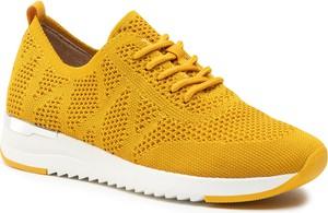 Żółte buty sportowe Caprice sznurowane z płaską podeszwą
