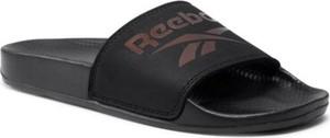 Czarne klapki Reebok w stylu casual