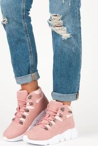 Niebieskie buty sportowe Czasnabuty sznurowane z płaską podeszwą
