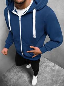 Granatowa bluza ozonee.pl w młodzieżowym stylu