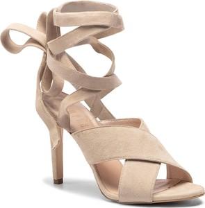 Buty damskie Simple, kolekcja wiosna 2020