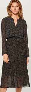 Czarna sukienka Mohito z długim rękawem z szyfonu z dekoltem w kształcie litery v