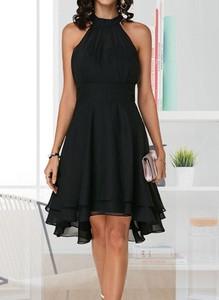 Czarna sukienka Sandbella midi bez rękawów z okrągłym dekoltem