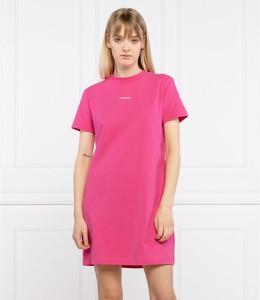 Sukienka Calvin Klein z krótkim rękawem z okrągłym dekoltem prosta