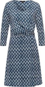 Niebieska sukienka More & More w stylu casual z okrągłym dekoltem