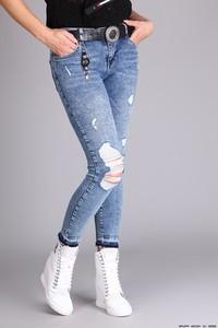 Jeansy Puccihino z jeansu w street stylu