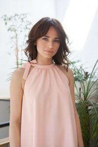 Różowa sukienka butik-choice.pl bez rękawów