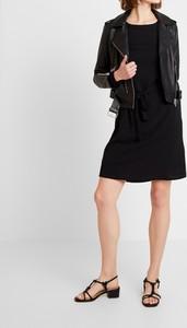 Czarna sukienka Object