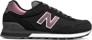 Czarne buty sportowe New Balance z płaską podeszwą sznurowane z zamszu