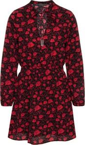 Sukienka Guess w stylu casual mini koszulowa