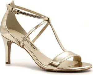 Złote sandały Neścior ze skóry w stylu klasycznym na obcasie
