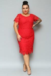 Sukienka Grandio ołówkowa z tkaniny midi
