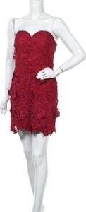 Czerwona sukienka Auw bez rękawów mini