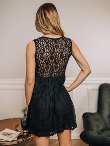 Sukienka Promese z okrągłym dekoltem rozkloszowana bez rękawów