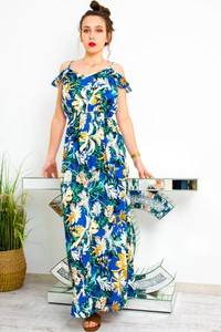 Niebieska sukienka Olika z krótkim rękawem z okrągłym dekoltem