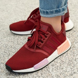 Czerwone buty sportowe Adidas nmd z płaską podeszwą sznurowane