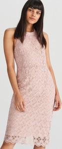 Różowa sukienka Reserved bez rękawów z okrągłym dekoltem