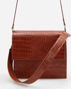 Brązowa torebka Reserved w stylu retro na ramię ze skóry