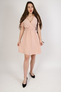 Różowa sukienka Olika w stylu casual mini