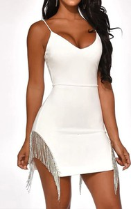 Sukienka Arilook dopasowana mini na ramiączkach
